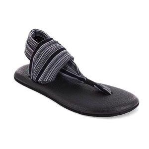 NEW SANUK Yoga sling 2 sandals black/white stripe